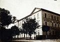 Budynek dawnego gimnazjum i liceum im. Królowej Zofii