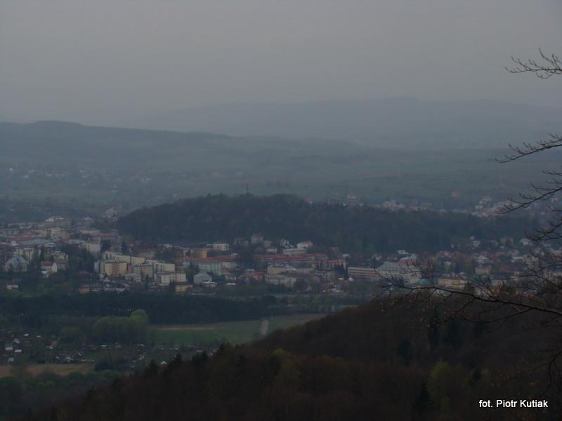 PArk Miejski w centrum miasta widok z Orelgo Kamienia