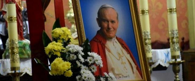 Sanoczanie wspominają św. Jana Pawła II