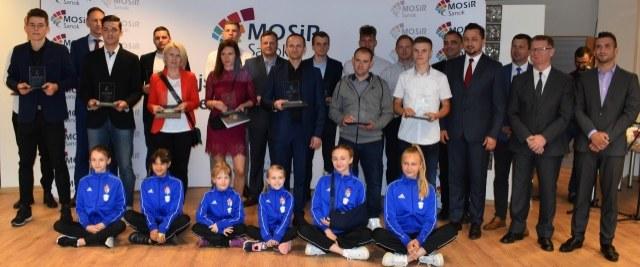 Nagrodzono działaczy, trenerów i sportowców