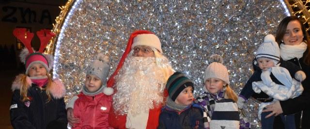 Święty Mikołaj odwiedził Sanok (ZDJĘCIA)
