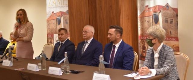 Konferencja prasowa zapowiadająca wystawę prac Beksińskiego w Rzeszowie