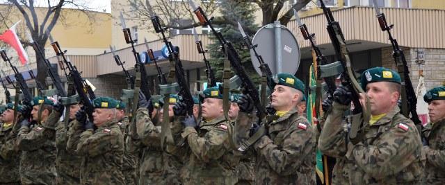 NIEDZIELA: Przysięga wojskowa na sanockim Rynku