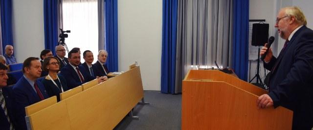 """Konferencja naukowa w PWSZ. XIV Forum """"Bieszczady bez granic"""" dobiega końca (ZDJĘCIA)"""