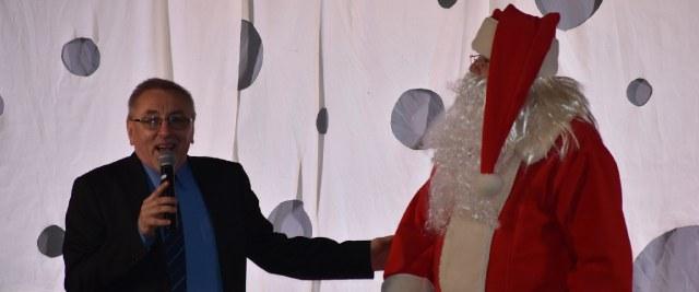 Święty Mikołaj obdarowywał sanoczan